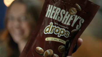 Hershey's Drops TV Spot, 'Chocolate Happiness' - Thumbnail 2