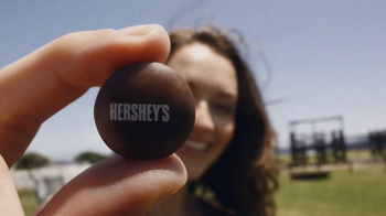 Hershey's Drops TV Spot, 'Chocolate Happiness' - Thumbnail 5