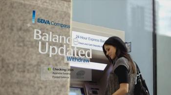 BBVA Compass TV Spot, 'Enjoy Banking' - Thumbnail 4