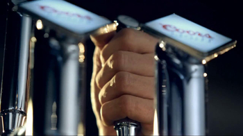 Coors Light TV Spot, 'Experience' - Thumbnail 7