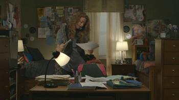 TaxSlayer.com TV Spot, 'Molly's Dorm Room' - Thumbnail 3