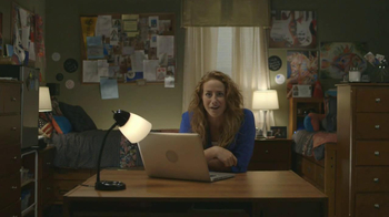 TaxSlayer.com TV Spot, 'Molly's Dorm Room' - Thumbnail 7
