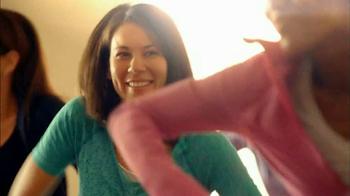 Folgers Classic Roast TV Spot, 'Dancing' - Thumbnail 6