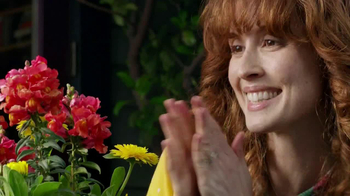 Miracle-Gro TV Spot, 'Crimes Against Potted Plantkind' - Thumbnail 5