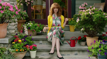 Miracle-Gro TV Spot, 'Crimes Against Potted Plantkind' - Thumbnail 7