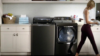 GE Appliances TV Spot, 'Tomato Battle and Color Run' - Thumbnail 10