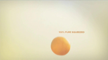 Minute Maid Pure Squeezed TV Spot, 'Cue Cards' Featuring Ty Burrell - Thumbnail 10