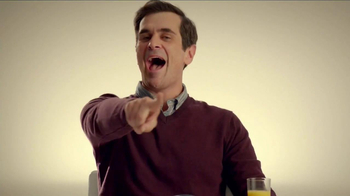 Minute Maid Pure Squeezed TV Spot, 'Cue Cards' Featuring Ty Burrell - Thumbnail 5