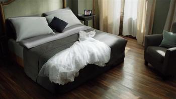 Crest 3D White Whitestrips TV Spot, 'Wedding Dress' - Thumbnail 2