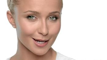 Neutrogena Cosmetics Shine Control Makeup TV Spot Featuring Hayden Panettie - Thumbnail 7