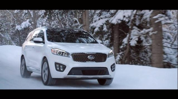 2016 Kia Sorento Super Bowl 2015 TV Spot, 'The Perfect Getaway' - Thumbnail 3