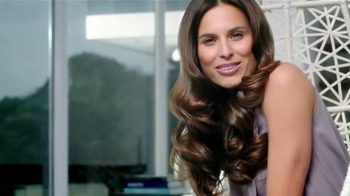Suave Luxe Style Infusion Blow Dry Spray TV Spot, 'Volumen' [Spanish]