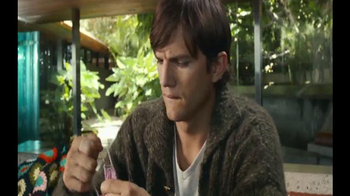 Lenovo YOGA 3 Pro TV Spot, 'Onesie' Featuring Ashton Kutcher - Thumbnail 2