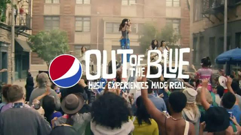 Pepsi TV Spot, 'Out of the Blue Block Party' Featuring Charli XCX - Thumbnail 7