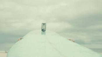 Verizon TV Spot, 'Surfer Girl' Song by Agnes Obel - Thumbnail 3