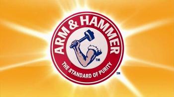 Arm and Hammer Pet Care Clump & Seal TV Spot, 'Lightweight' - Thumbnail 1