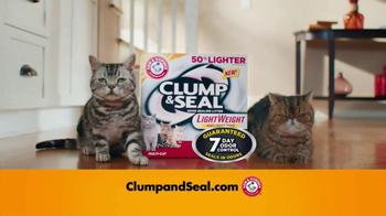 Arm and Hammer Pet Care Clump & Seal TV Spot, 'Lightweight' - Thumbnail 9