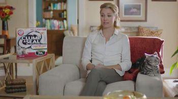 Arm and Hammer Pet Care Clump & Seal TV Spot, 'Lightweight'