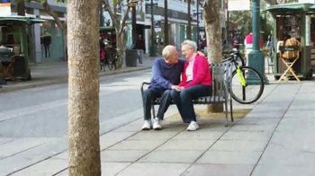Expedia TV Spot, 'Valentine's Day: PDA'