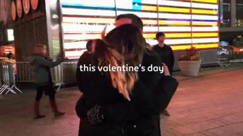 Expedia TV Spot, 'Valentine's Day: PDA' - Thumbnail 2
