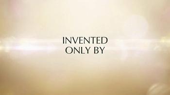 Estee Lauder Revitalizing Supreme TV Spot, 'Women's Intuition' - Thumbnail 7