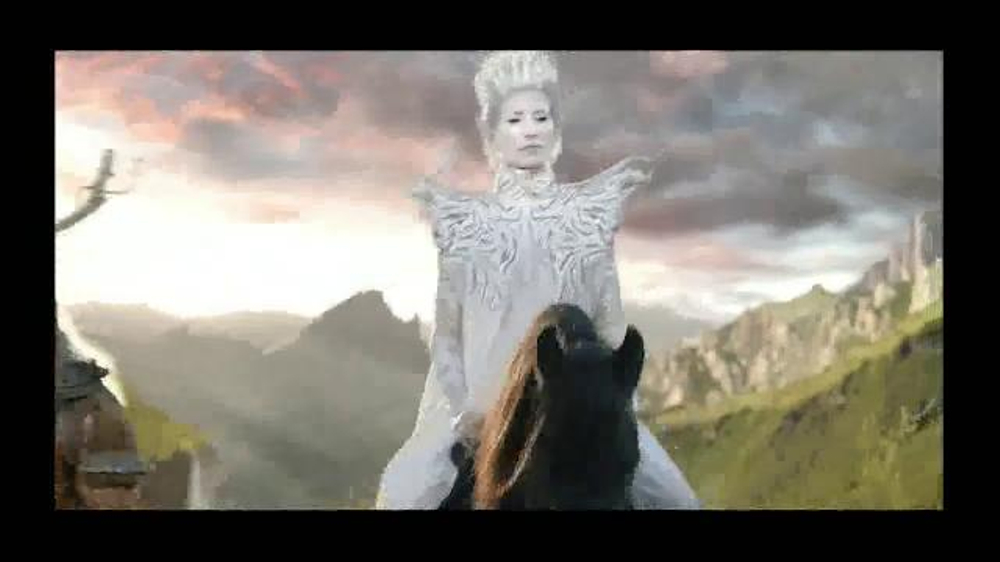 Dell XPS 13 TV Commercial, 'The White Queen'