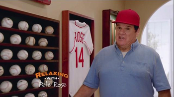 Skechers Relaxed Fit Super Bowl 2015 TV Spot, 'The Hall' Feat. Pete Rose - Thumbnail 2