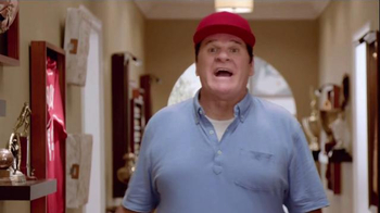 Skechers Relaxed Fit Super Bowl 2015 TV Spot, 'The Hall' Feat. Pete Rose - Thumbnail 6