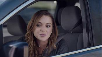 Esurance Super Bowl 2015 TV Spot, 'Sorta Your Mom' Featuring Lindsay Lohan - Thumbnail 3