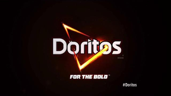 Doritos Super Bowl 2015 TV Spot, 'Middle Seat' - Thumbnail 10