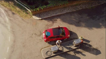 FIAT 500X Super Bowl 2015 TV Spot, 'Blue Pill' - Thumbnail 8