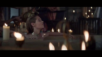 Game of War Super Bowl 2015 TV Spot, 'Who I Am' Featuring Kate Upton - Thumbnail 1