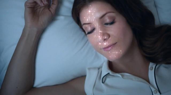 Garnier Ultra-Lift Sleeping Cream TV Spot, 'Sleep on This' Feat. Kate Walsh - Thumbnail 5