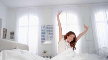 Garnier Ultra-Lift Sleeping Cream TV Spot, 'Sleep on This' Feat. Kate Walsh