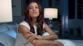 Garnier Ultra-Lift Sleeping Cream TV Spot, 'Sleep on This' Feat. Kate Walsh - Thumbnail 7