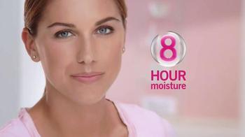 ChapStick Hydration Lock TV Spot, 'Skincare for Lips' Featuring Alex Morgan - Thumbnail 6