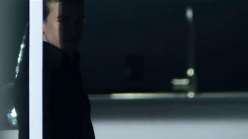 Calvin Klein TV Spot, 'Reveal' Featuring Charlie Hunnam & Doutzen Kroes - Thumbnail 7