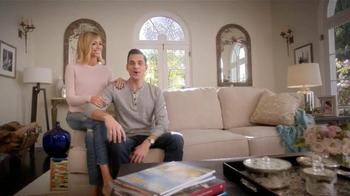 Ashley Furniture President's Day TV Spot, 'Red Carpet' Ft. Giuliana Rancic - Thumbnail 3
