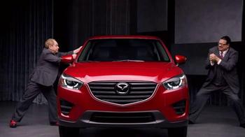 2016 Mazda CX-5 TV Spot, 'Magic Show' Featuring Penn & Teller - Thumbnail 4