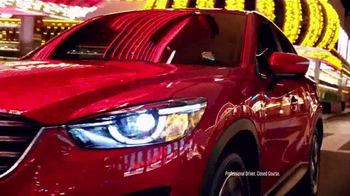 2016 Mazda CX-5 TV Spot, 'Magic Show' Featuring Penn & Teller - Thumbnail 8