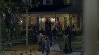 Tostitos Cantina TV Spot, 'Neighbor's House Party'