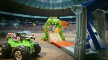 Hot Wheels Monster Jam Dragon Blast Track Set TV Spot, 'Push the Limits' - Thumbnail 3