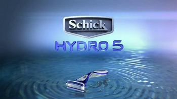 Schick Hydro 5 TV Spot, 'Pool Date' - Thumbnail 10