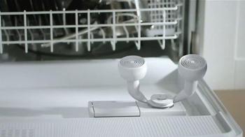 Finish Jet-Dry Rinse Aid TV Spot, 'Spots Again?' - Thumbnail 5
