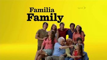 Sprint Framily Plan TV Spot, 'Amigos y Familia' [Spanish]