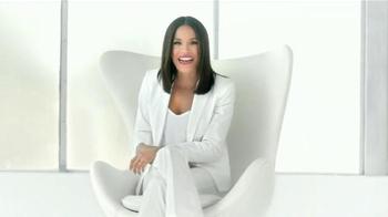Colgate Total Advanced Whitening TV Spot Con Karla Martínez [Spanish] - Thumbnail 3
