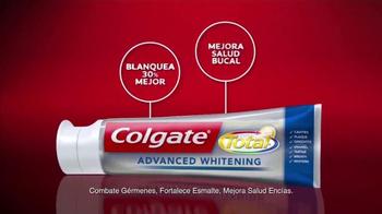 Colgate Total Advanced Whitening TV Spot Con Karla Martínez [Spanish] - Thumbnail 8