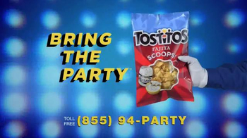 Tostitos Fajita Scoops TV Spot, 'Moving & Grooving' - Thumbnail 10