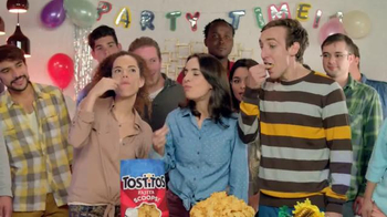 Tostitos Fajita Scoops TV Spot, 'Moving & Grooving' - Thumbnail 6