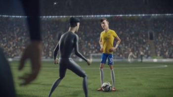Nike TV Spot, 'The Last Game: Neymar, Jr. vs. The Clones' - Thumbnail 3